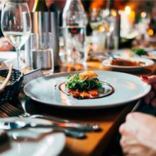 Правила сервировки стола дома и в ресторане